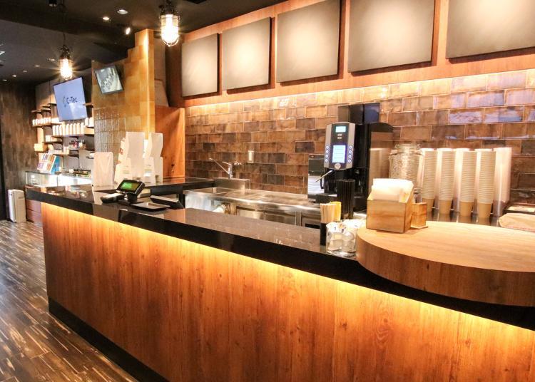 6위. VAPESTAND SMOKER'S CAFE AKIHABARA