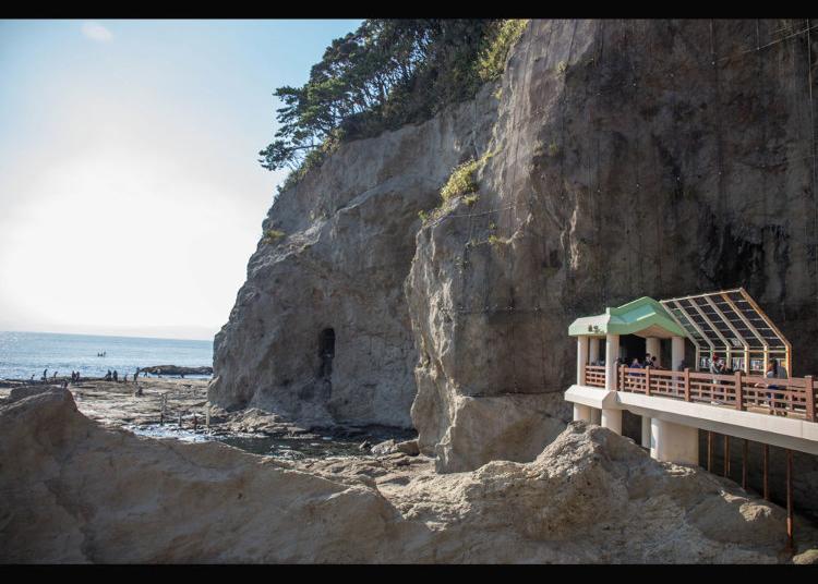 第4名:江之岛岩屋