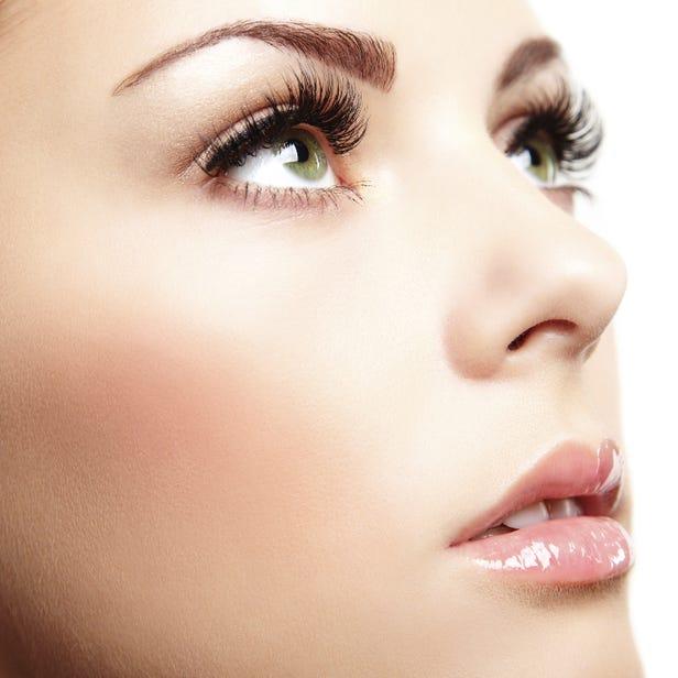 MEGA UP Eyelash Extensions \2,000