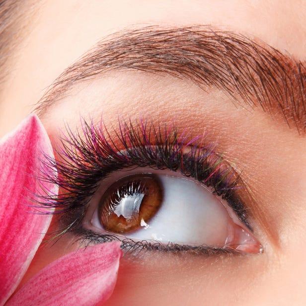 Color Eyelash Extensions 60 pieces + Unlimited Black Eyelash Extensions\8,980