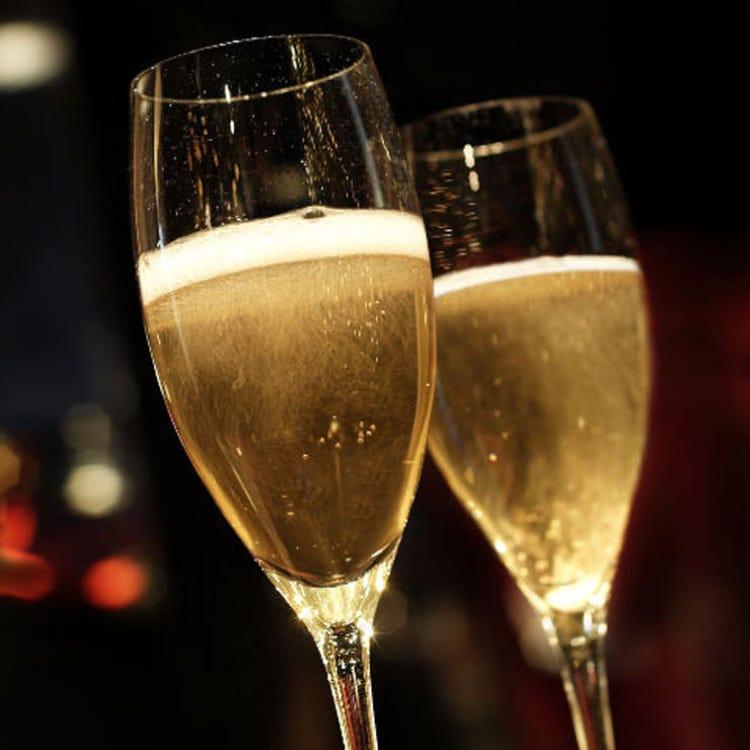 グラス スパークリングワイン 1杯