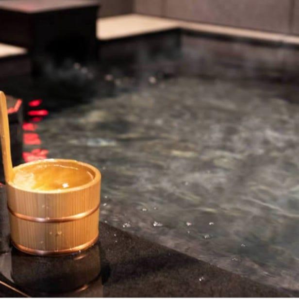 Akihabara,There is a natural hot spring HOTEL