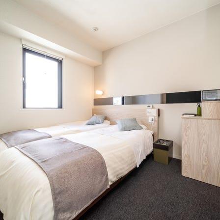 两小床双人房