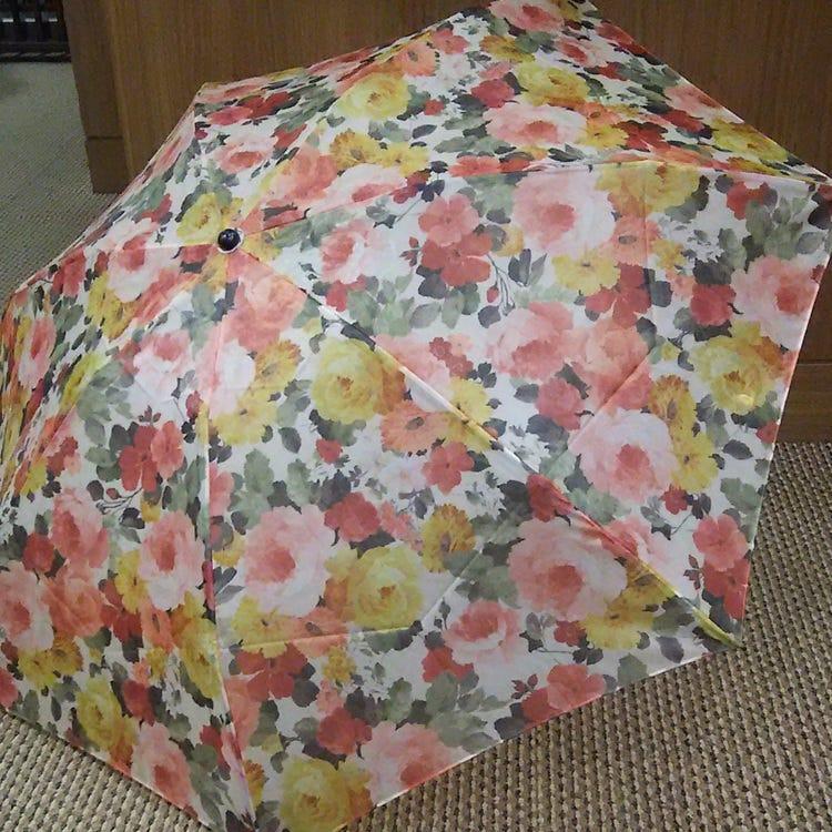 玻璃纱晴雨两用折叠伞碳纤维伞骨 重量不足140g 超轻 防紫外线 日本制造