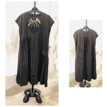 2021 AUTUMN & WINTER COLLECTION   ART DESIGN DRESS ¥28000