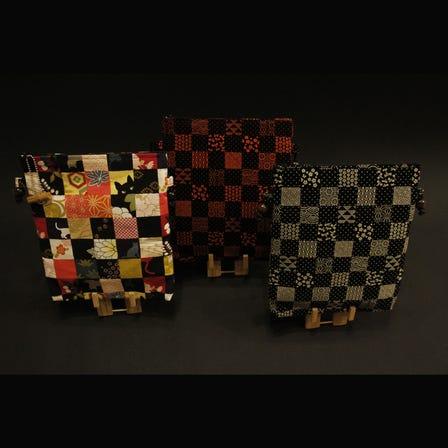 Various shoulder pouches