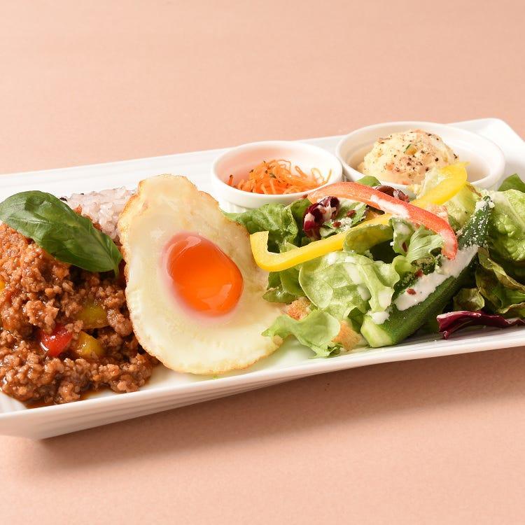 Gaprao rice and Caesar salad