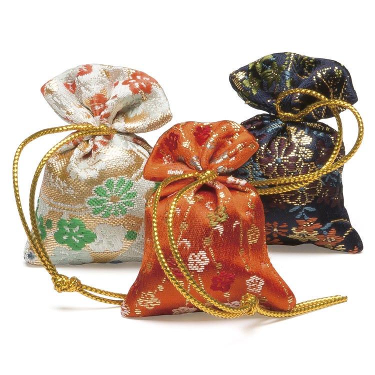 다가소데 미야코(大) 3개입<br /> 화려한 향과 은은한 잔향이 감도는 향주머니입니다.