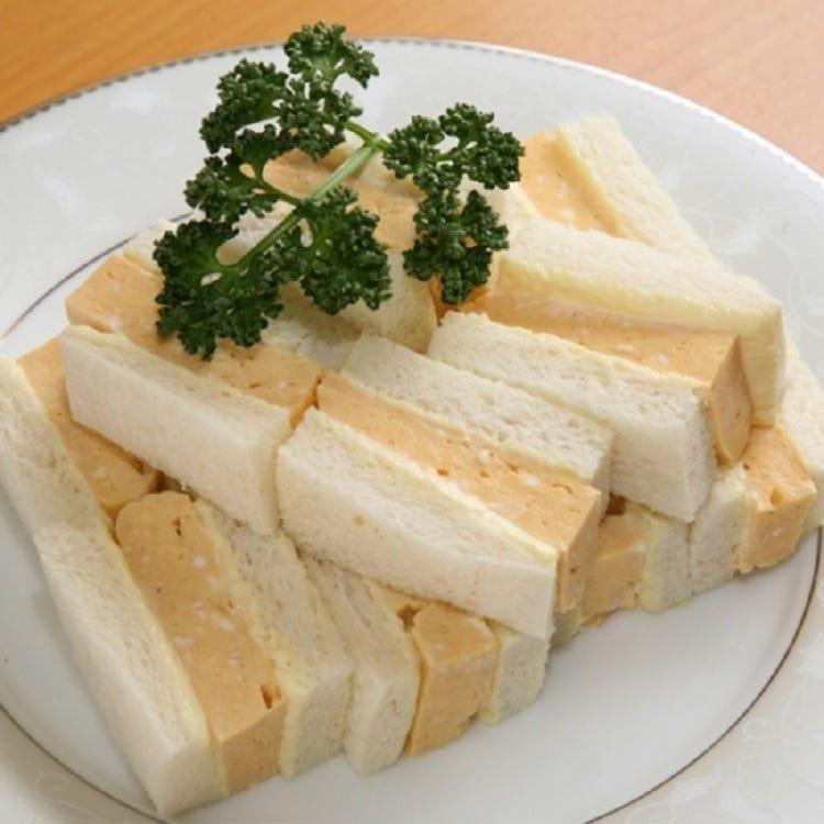 这是一个非常流行的三明治,被介绍给电视和杂志。<br /> <br /> AMANOYA /<br /> Egg sand (6 pieces, including 12 pieces)<br /> <br /> ■A Bld.B1F= Seibu Food Center