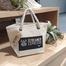 """TOTE BAG<br /> 在MIZUNO TOKYO的二樓與咖啡廳"""" STREAMER ESPRESSO""""的協作手提袋開業。<br /> <br /> #mizuno #mizuno_tokyo #streamer_espresso #totebag"""
