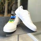CITY WIND 유도복을 모티브로 한 소재의 스니커즈! (파란색도 있습니다!) 유도의 띠를 연상시키는 5 가지 컬러의 슈 레이스 기능입니다.  #mizuno #judo #city_wind #sneaker #unisex