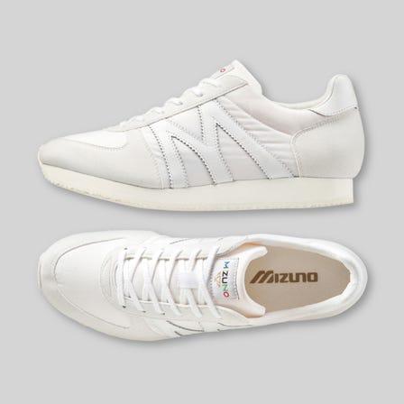 MIZUNO MR1 / スニーカー 舌革部分のMIZUNOロゴがかわいいニューカラー登場! フィット感と軽量感に優れた復刻モデル。  #mizuno #sneakers #sports_shoes #unisex #m_line #made_in_japan