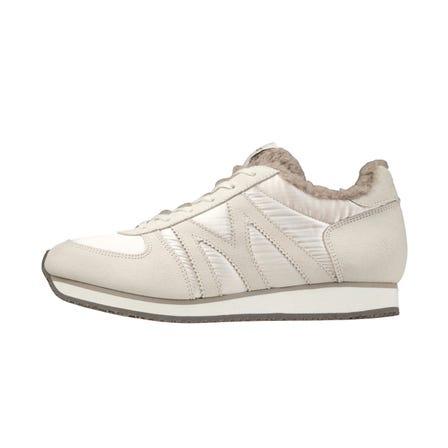 MIZUNO MR1 / スニーカー ミズノMラインシューズの復刻版。 インナーにファー素材を使用した秋冬向けスニーカー。  #mizuno #sneakers #sports_shoes #for_women #m_line #made_in_japan
