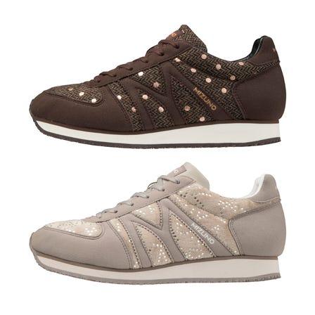 MIZUNO MR1 / スニーカー ミズノMラインシューズの復刻版。 ベロア調の49カラーと、ツイード調素材を使用した55カラーの2タイプが新登場。  #mizuno #sneakers #sports_shoes #for_women #m_line #made_in_japan