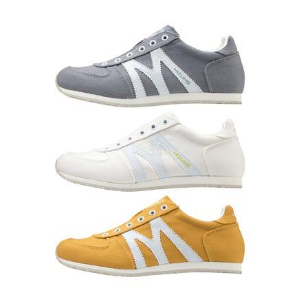 MIZUNO MR1 SLIP ON / SNEAKERS 引入了一种滑入式类型,可以轻松地将经典MR1作为基本模型进行穿脱。。  #mizuno #mr1 #slipon #sneakers #unisex