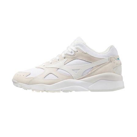 SKY MEDAL S / SNEAKERS 運動鞋再現了90年代初期出現的傑作訓練鞋。易於與任何時尚搭配的基本配色方案很有吸引力。  #mizuno #sneakers #sports_shoes #unisex #sky_medal_s #reprint #new_color