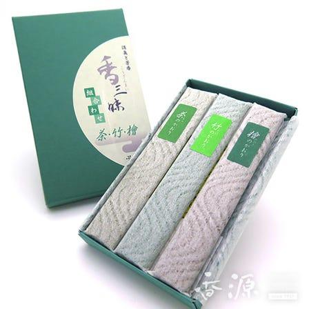 Ancient Japanese fragrances such as Hinoki Cypress, Green Tea and Bamboo enclosed in incense sticks of Kozanmai series.  Kunjudo Incense Sticks, Kozanmai Assortment (Green Tea, Bamboo and Hinoki Cypress)
