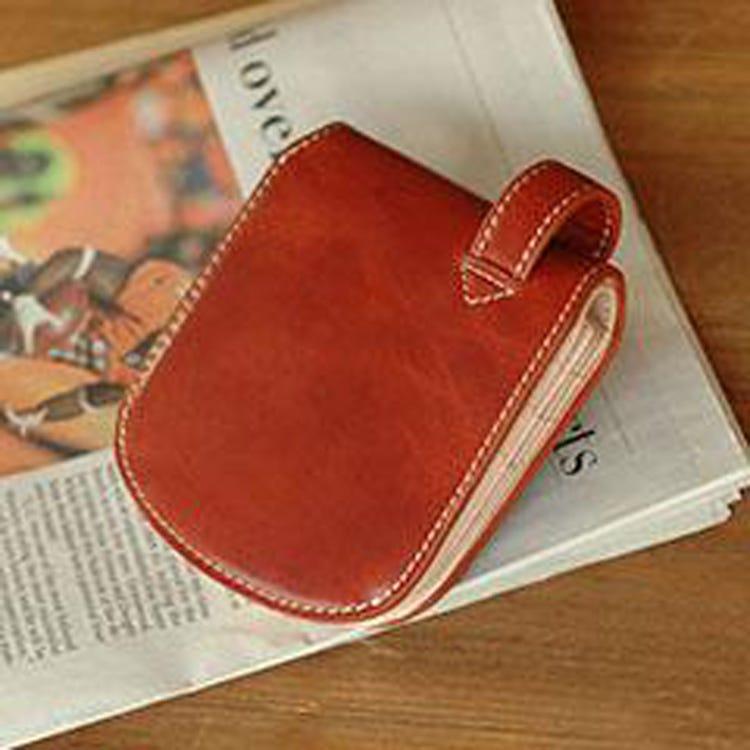 Bagudda (Kip leather)<br /> 뒷주머니에 착용하는 가죽 지갑(동전 칸 없음)