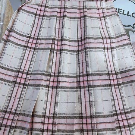 White x pink skirt