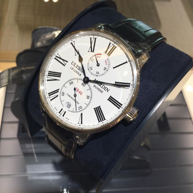 ULYSSE NARDIN The marine collection, which has many models that have revived ocean clocks, is particularly thin and has a smart appearance. Model name:Marine Torpilleur