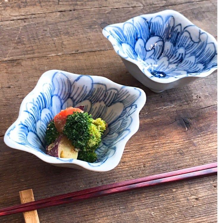 Kutani ware, Kutani Seiyo, Ran Horihata, peony, porcelain little bowl