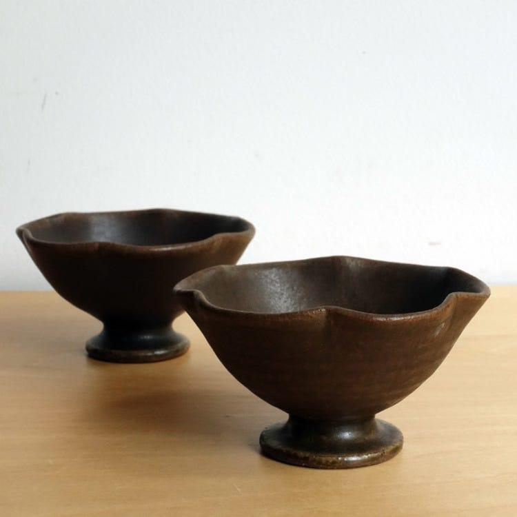 Shigaraki ware, Furutaniseitousho, rust glaze, petal shape edge, pottery plate