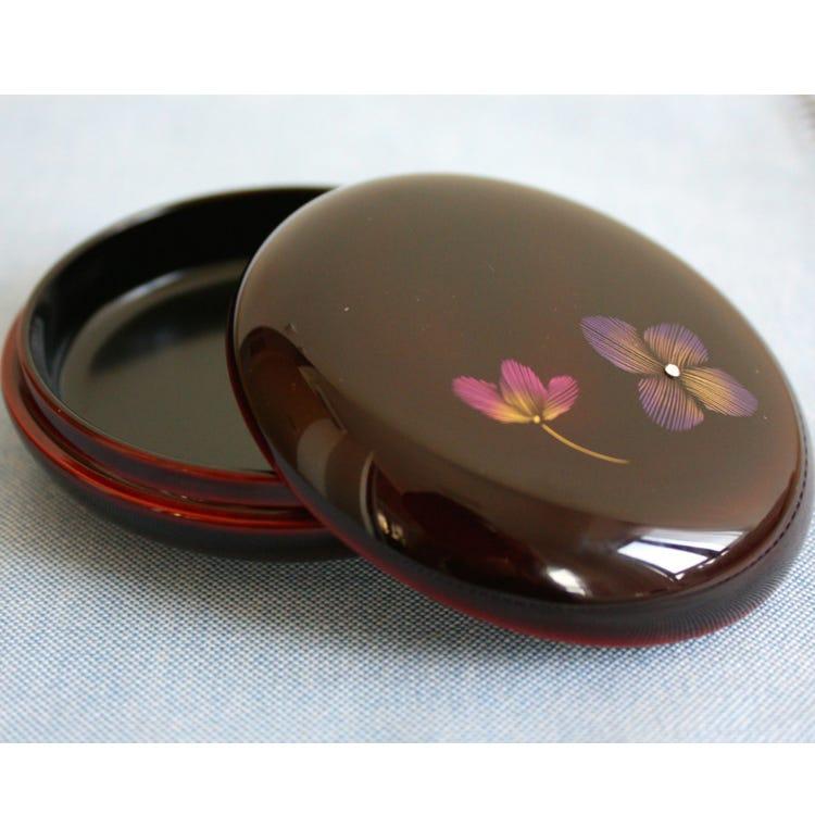 沉金珠宝盒(两种花纹) 作为馈赠海外人士的礼品深受欢迎