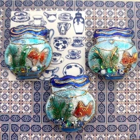 七宝 金魚鉢 ピンブローチ