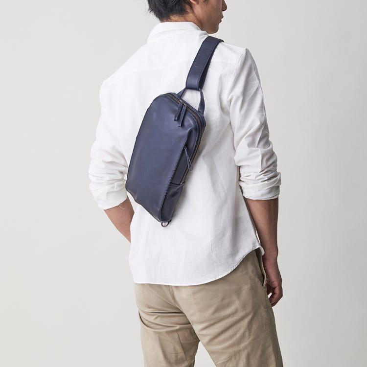 가제마토 바디백<br /> 휴일 외출과 여행에도 최적인 작은 사이즈의 가방