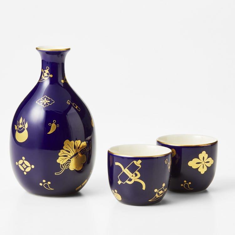 Sake drinking set (Decanter with sake cups)
