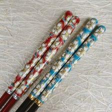 【清水烧筷子 樱】<br /> 手持部分为陶器。<br /> 极为罕见的独一无二商品。