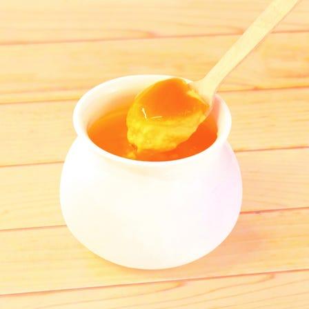 汤河原蜜柑布丁<br /> 运用汤河原蜜柑蕴含的甜味及酸味所作成的滑顺布丁