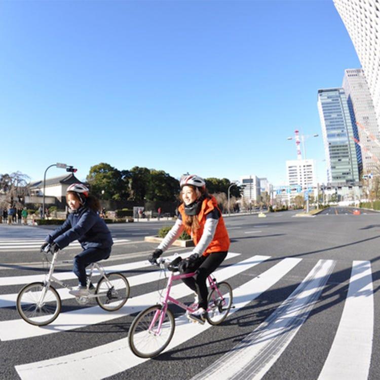 Downtown Tokyo cycling