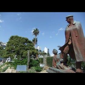 お宮の松/貫一・お宮の像