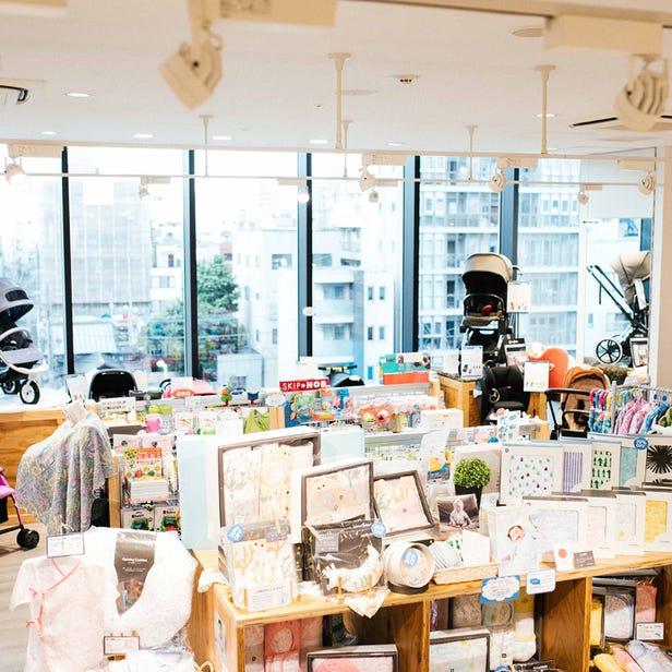 Dadway Tokyo Solamachi store