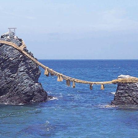 Meotoiwa (Wedded Rocks)