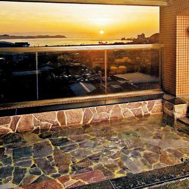 陽いずる紅の宿 勝浦観光ホテル