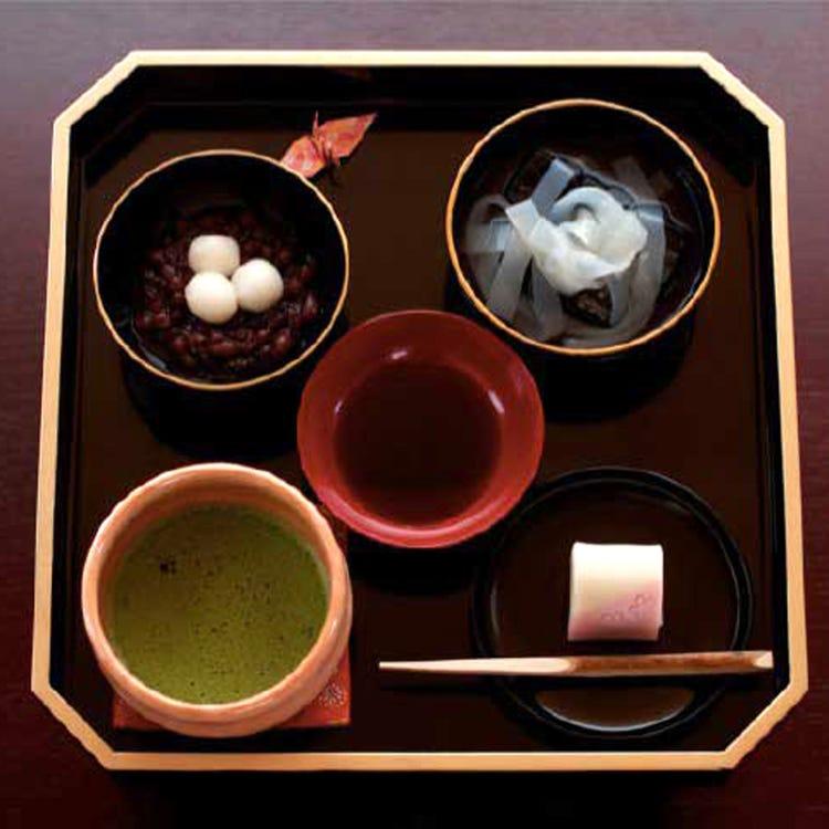 七条甘春堂 且坐饮茶