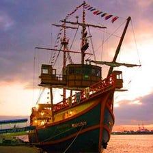 大阪港帆船型观光船 圣玛利亚号