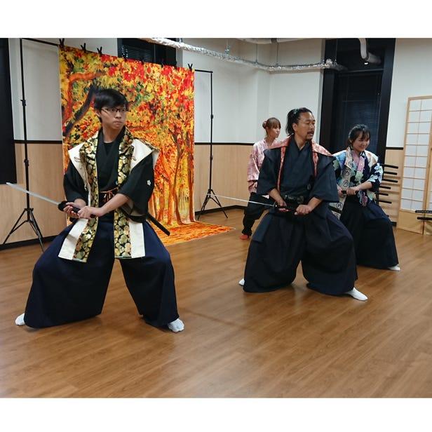 侍・忍者体験(日本殺陣道協会 大阪城道場)