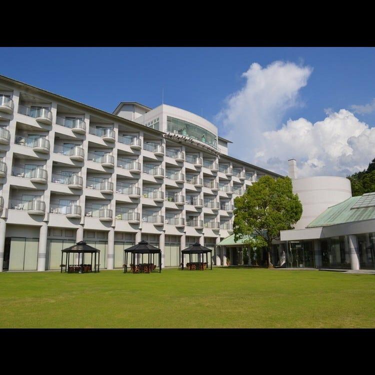 Aoyama Garden Resort Hotel Rosa Blanca