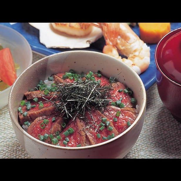 스테이크 철판 요리 와카나
