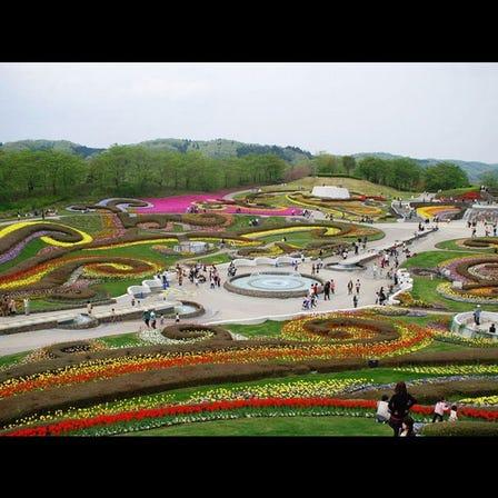 국영 미치노쿠 숲의 호반 공원