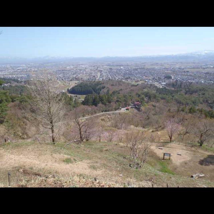 春日山城遺址