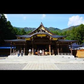 Yahiko Shrine