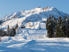 须原滑雪场
