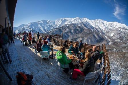 白马岩岳滑雪场
