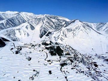 白马乘鞍温泉滑雪场