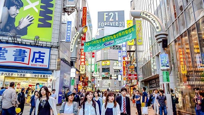 ถ้าจะซื้อของที่ญี่ปุ่นซื้อเมื่อไรดี?! แนะนำวิธีการซื้อของแบบเจาะลึก
