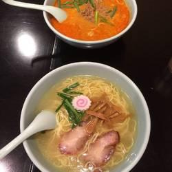 四川担担麺 哲 の画像